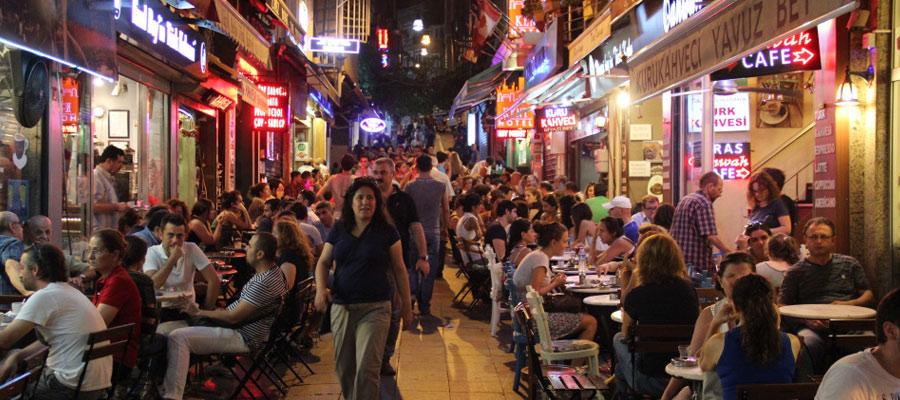 Les habitants d'Istanbul sont les Stambouliotes